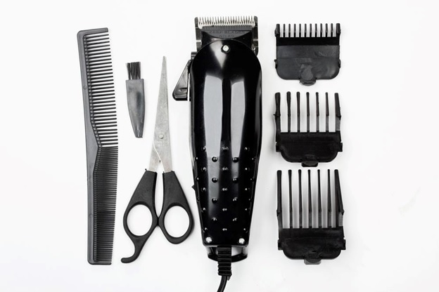 Using Hair Clippers
